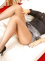 mature nylons and high heels